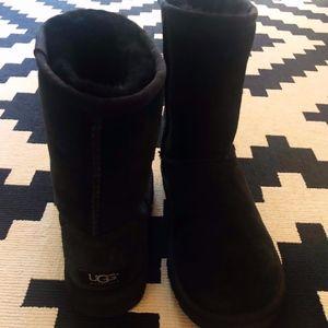 Ugg Classic Short Winter Boot